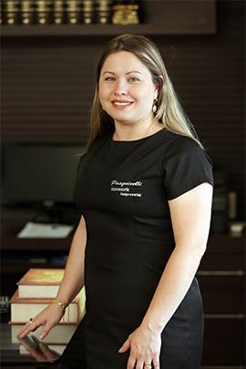 Claudia de Souza Packer Pilla